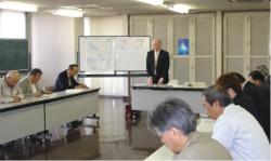 2006年4月6日開催の「UNUCUS伊奈」出店説明会の模様